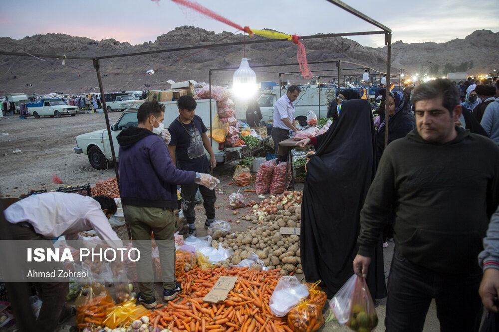 9suE72a5bPni - جمعه بازار قم در شرایط کرونایی+تصاویر