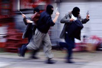 سرقت مسلحانه از یک بانک در کاشان