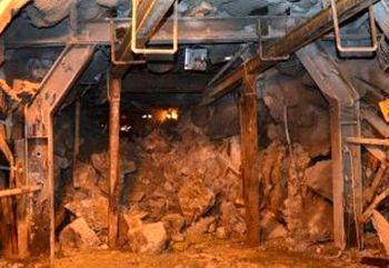 ریزش معدن جان حداقل ۵۰ نفر را گرفت