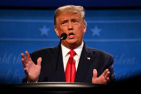 عصبانی شدن ترامپ و لحظه ترک برنامه مشهور «60 دقیقه»+ فیلم
